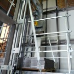 Shows fibre-based traction with steel-hard lightness: experimental rig of a lift for permanent tests on textile lift cables (source: ifk).